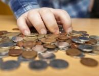 Především u menších půjček do 10.000 Kč je možné vše potřebné vyřídit rychle a pohodlně online přes počítač.