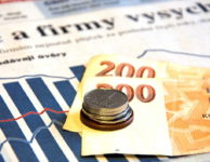 Peníze si vyzvednete v hotovosti na 300 pobočkách v ČR. Až 30000 Kč na 30 dní.
